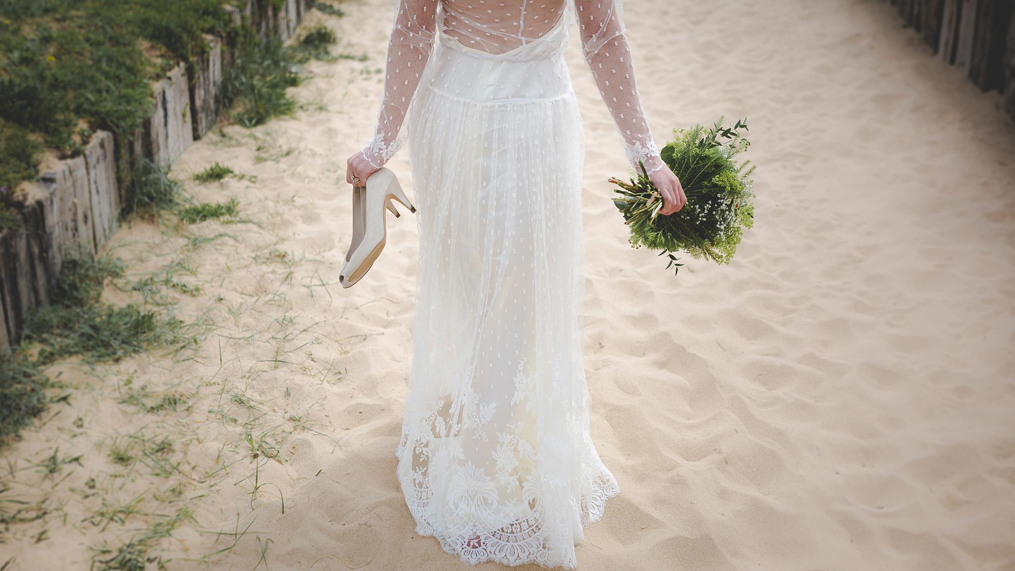 perfect beach wedding on the central coast